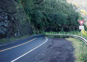 Real tight spot on the Hana Highway