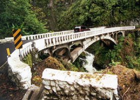 Concrete arch bridge on Hana Highway