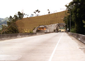 H-3 tunnels through Hospital Rock