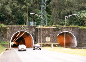West portal, Pali Tunnels
